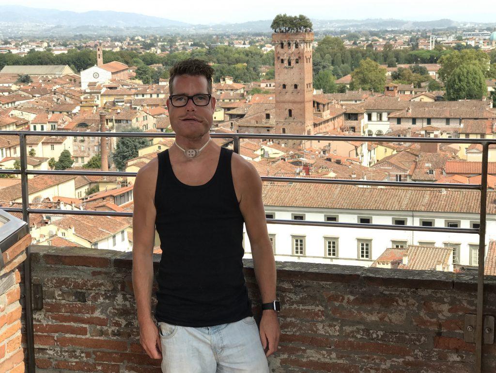 In Lucca met uitzicht op de Guinigi toren