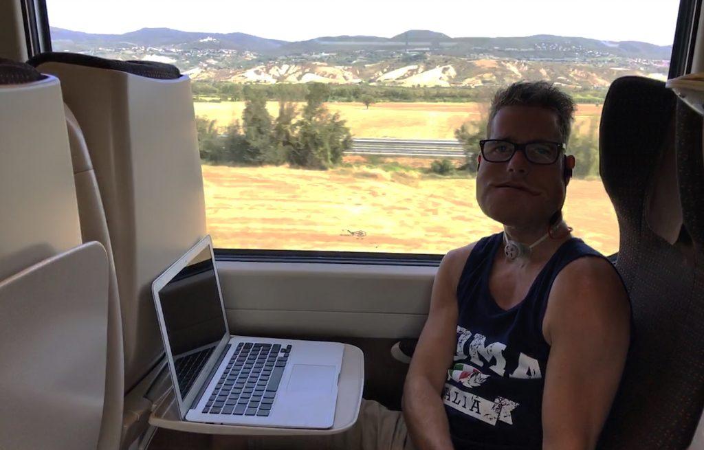 In de hogesnelheidstrein van Florence naar Rome